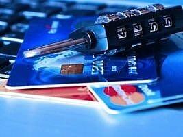 O mercado negro de cartões de crédito no Brasil